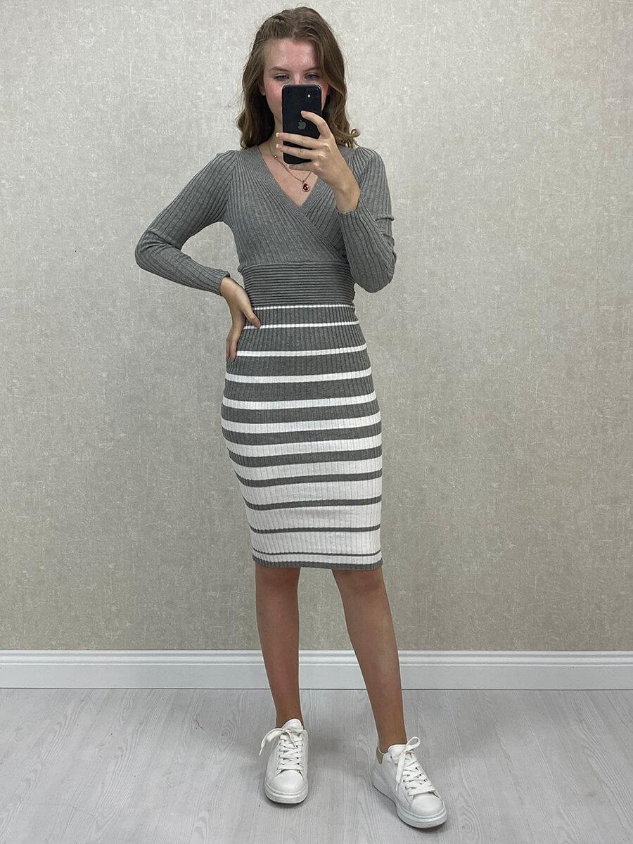 Kruvaze Yaka Çizgili Gri Midi Triko Elbise