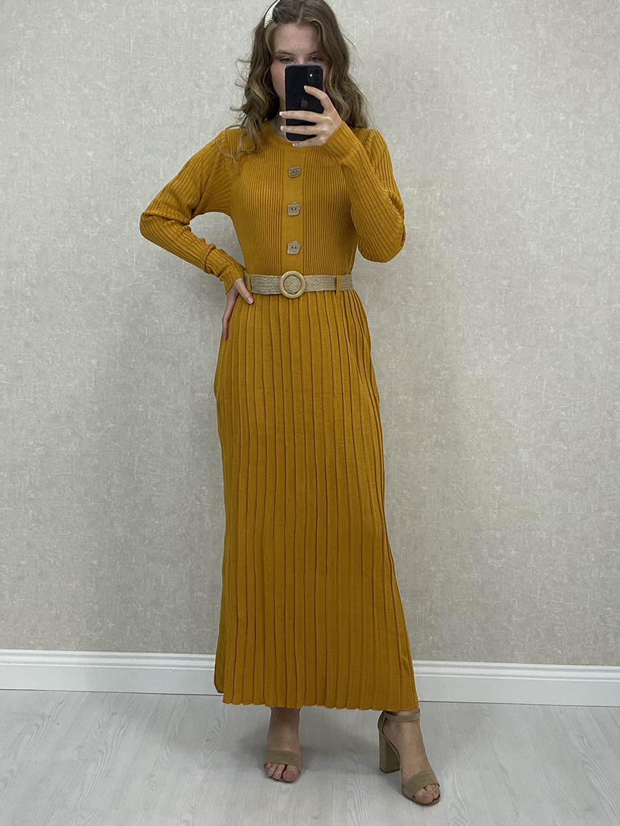 Önü Düğmeli Piliseli Hardal Triko Uzun Elbise