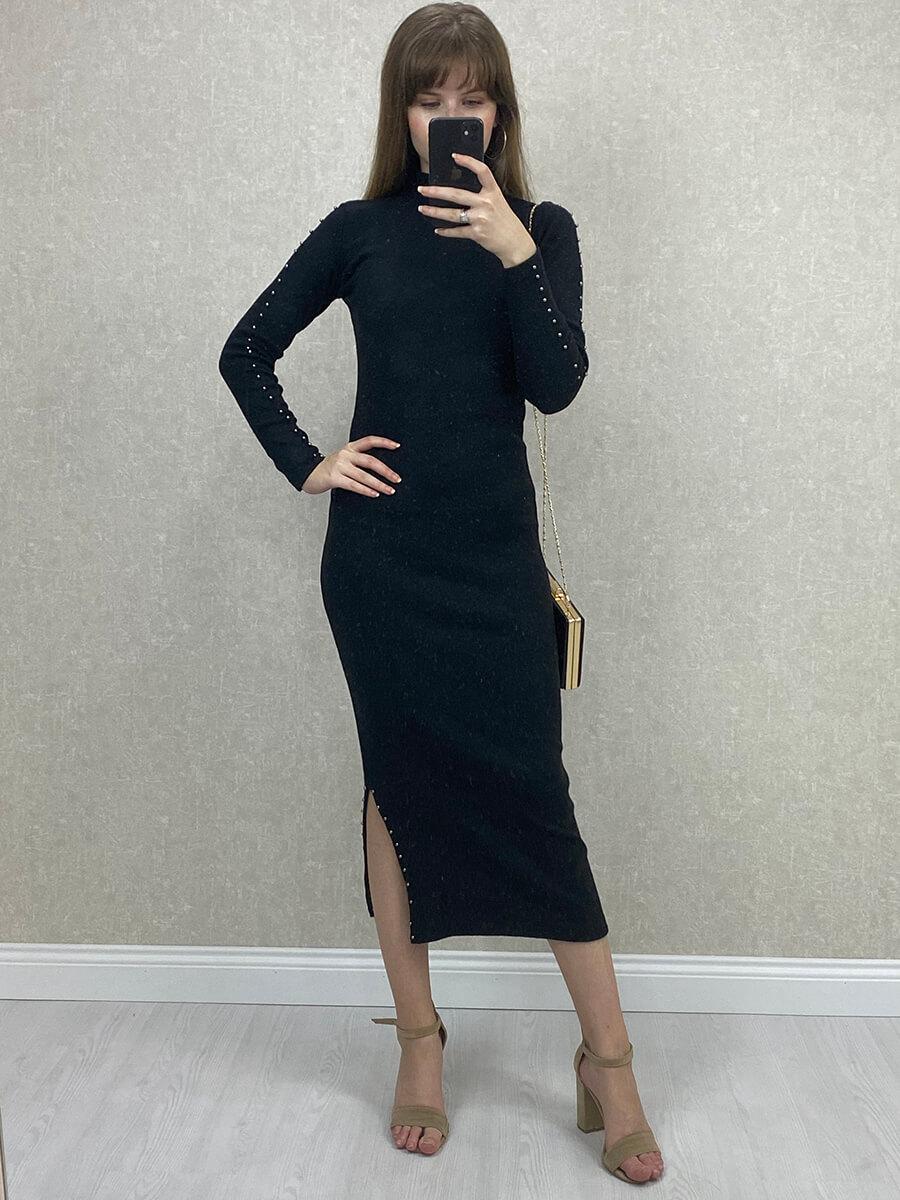 Yırtmaçlı Boncuklu Siyah Midi Triko Elbise